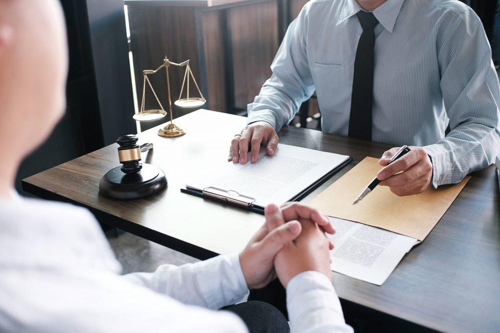 Un abogado, sinónimo de seguridad a la hora de meterse en una hipoteca